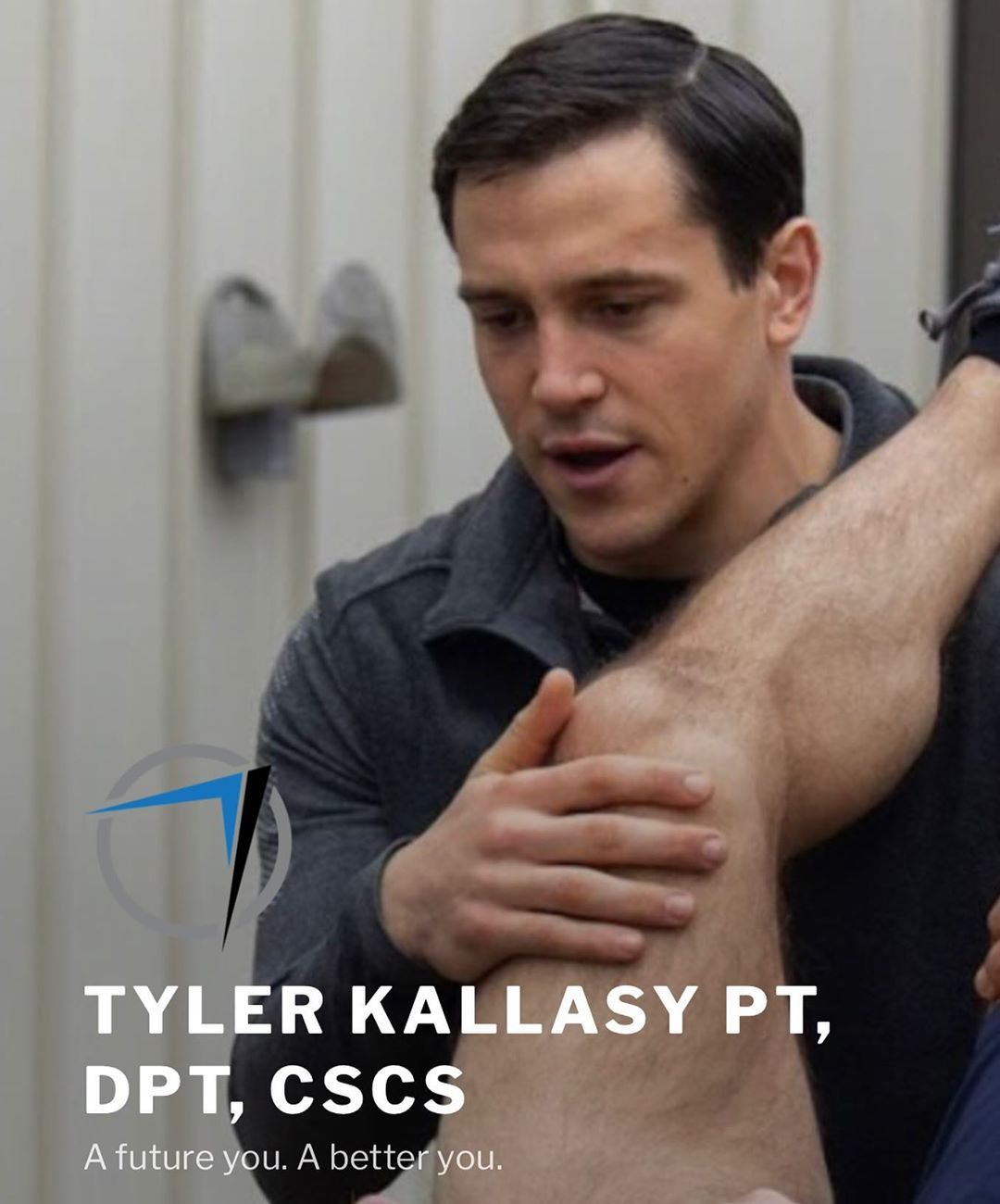 @hidden_alley_crossfit would like to welcome our newest member, and now in house physical therapist, Tyler Kallasy, to the team! @tylerkallasy.dpt will be offering treatment at HAC for those with a need to address movement issues, aches and pains, and all other issues related to movement. As a PT, strength and conditioning specialist, and a L-1 CrossFit coach, Tyler understands your desire to move better, and to feel better. His goal is to close the gap between fitness and traditional physical therapy, and he's taking an active stance to make sure the two coincide together to create stronger human beings. For those of you looking for treatment, give @tylerkallasy.dpt a follow, and DM him to inquire. You can also visit his website: prospect-PT.com to learn more about this rad individual. For members, you can find tyler training at 5am, and in the evenings throughout the week